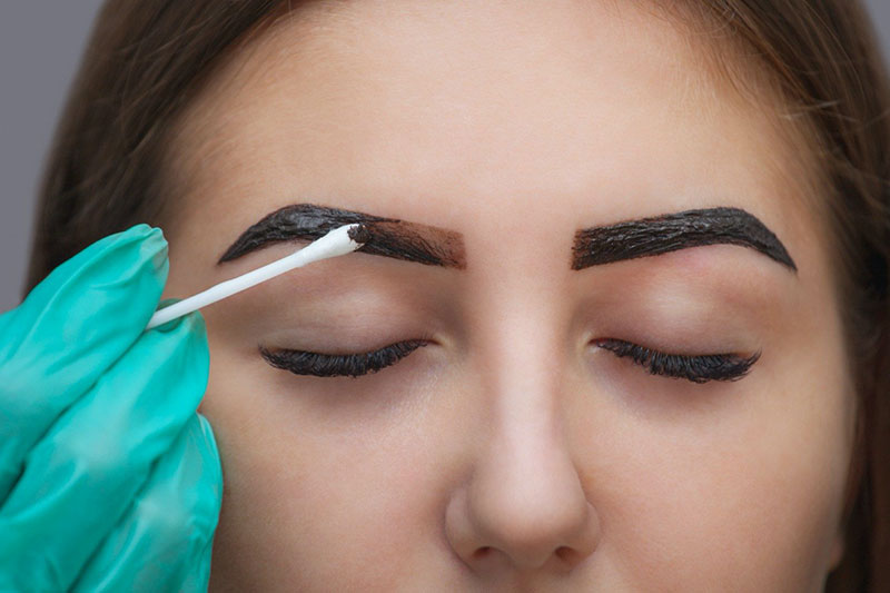 Fill in Your Eyebrows in 3 easy steps